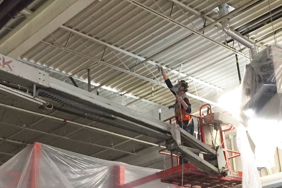 Ceiling painting l metal ceiling painters for warehouses for Industrial paint for metal